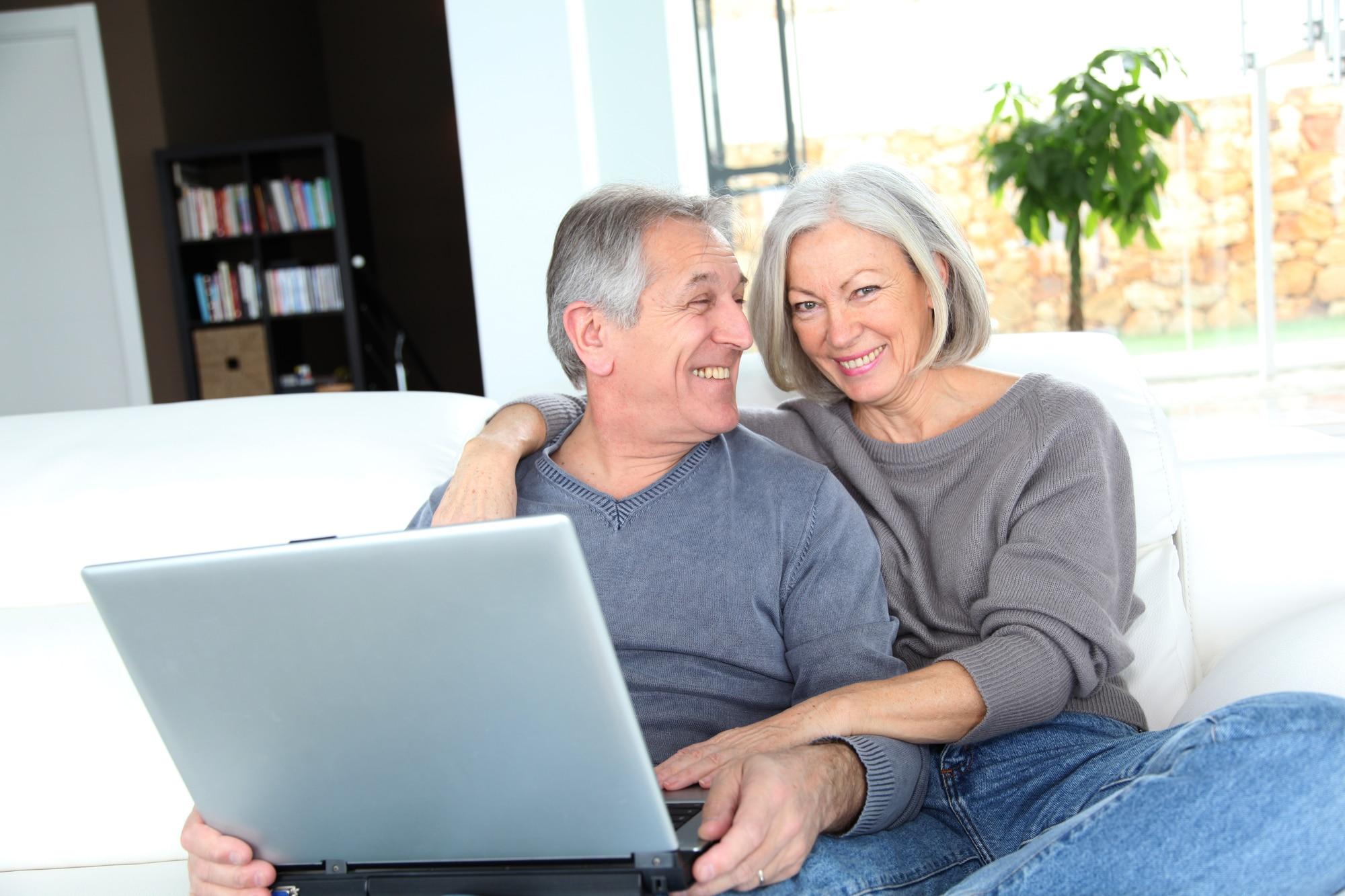 Couple comparing Medicare Plans