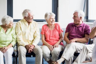 Medicare Advantage - Seniors talking to each other